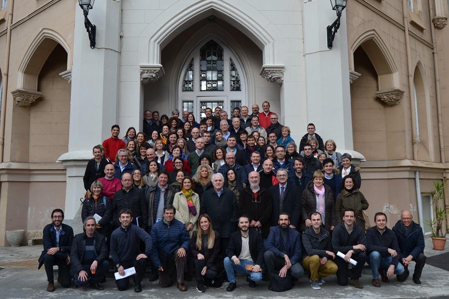 El encuentro de la comunidad apostólica de la Universidad de Deusto reunió el miércoles 15 de enero en la Casa de Espiritualidad Jesús-María de Azpeitia a más de un centenar de miembros de la universidad.