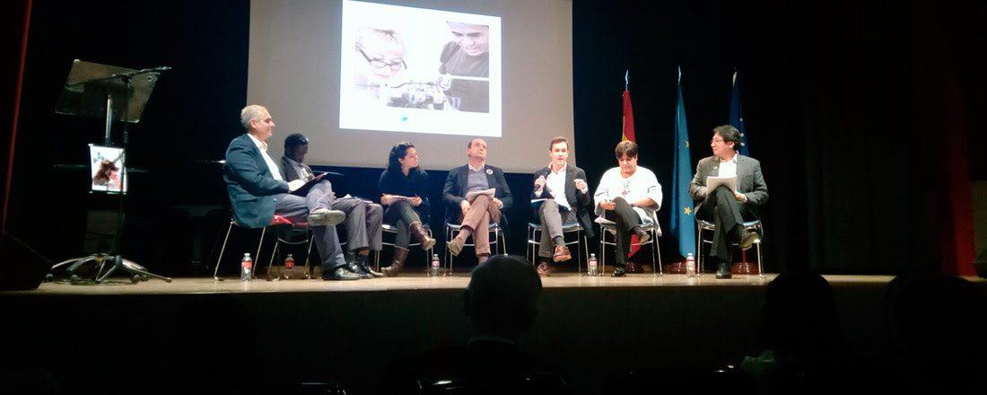 El Instituto de Estudios sobre Migraciones organizó una jornada en el Día Internacional del Migrante sobre los retos de la cohesión social.